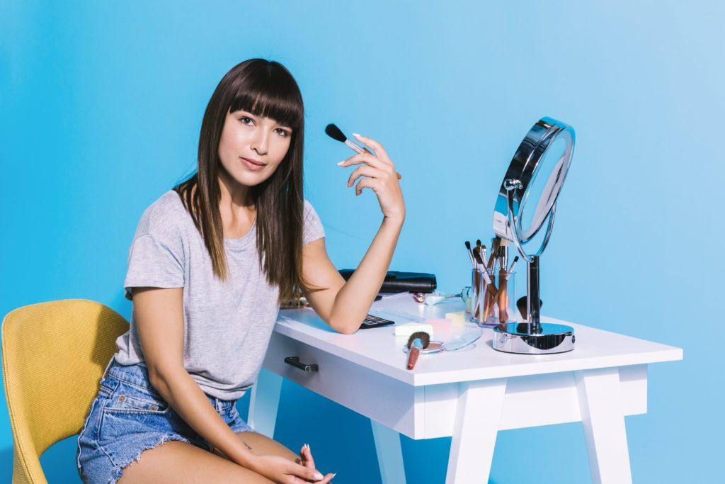 girl applying product